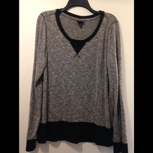 Mossimo long sleeve shirt/sweatshirt XL